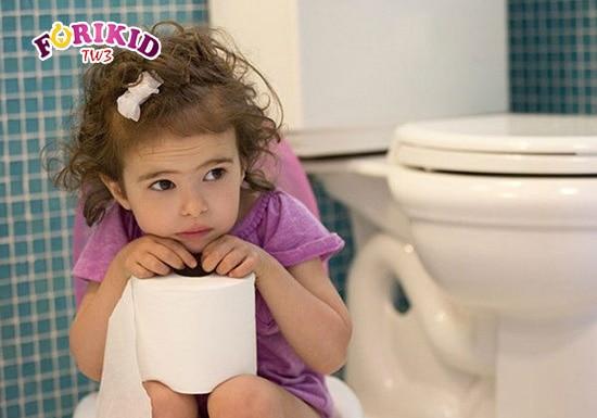 Nếu không cẩn thận, bé rất dễ có nguy cơ mắc phải bệnh tiêu chảy