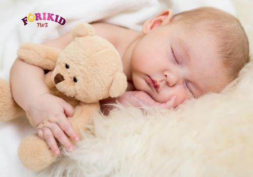lưu ý khi chữa mồ hôi trộm ở trẻ 3 tháng tuổi