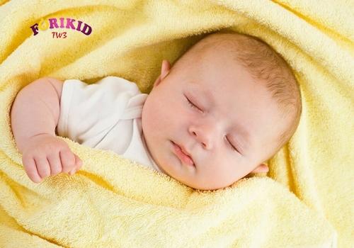 Các món ăn và bài thuốc để phòng, chống mồ hôi trộm cho bé