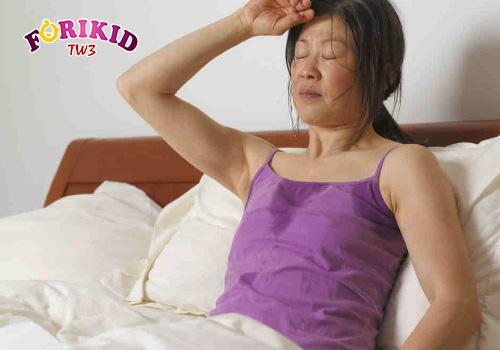 mồ hôi trộm làm thế nào cho phụ nữ mãn kinh