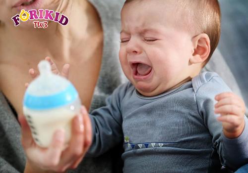 Tình trạng trẻ sơ sinh biếng ăn lười bú