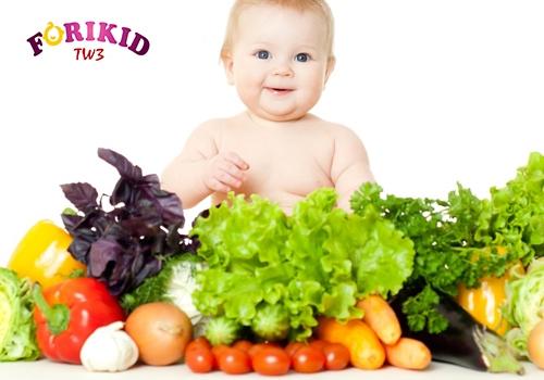 Bổ sung rau củ và trái cấy giúp tốt cho hệ tiêu hóa của bé