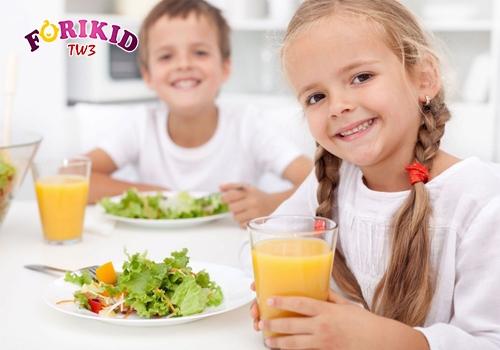 Cân bằng các chất dinh dưỡng trong bữa ăn hằng ngày giúp