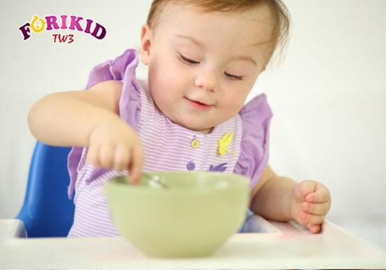 Không cho trẻ ăn vặt trước bữa ăn giúp kích thích cảm giác thèm ăn cho trẻ