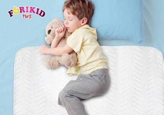 Nguyên nhân trẻ lớn đái dầm vào ban đêm