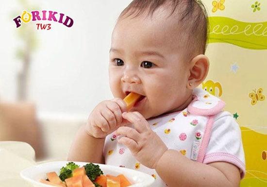 Bổ sung bữa ăn dặm cho bé