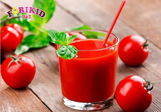 Nước ép cà chua giải pháp chữa nhiệt miệng cho trẻ từ bên trong