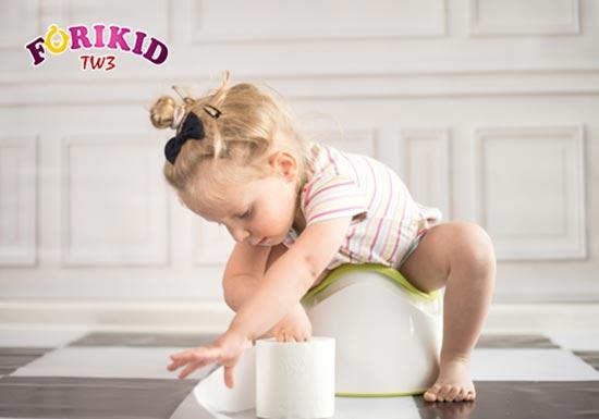 [ Hỏi – Đáp] Bé 5 tuổi bị táo bón phải làm sao?