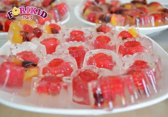 Thạch hoa quả món ăn yêu thích của nhiều trẻ nhỏ
