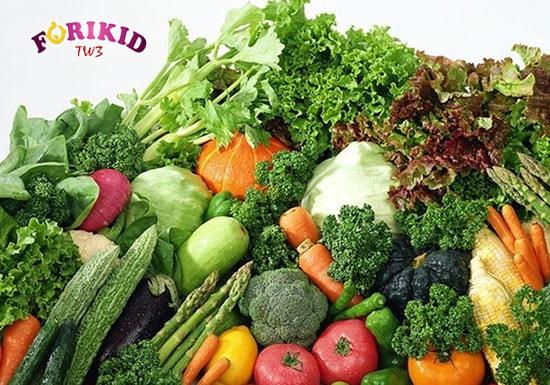 Các loại rau củ vừa cung cấp dưỡng chất, lại bổ sung chất xơ cho bé rất tốt