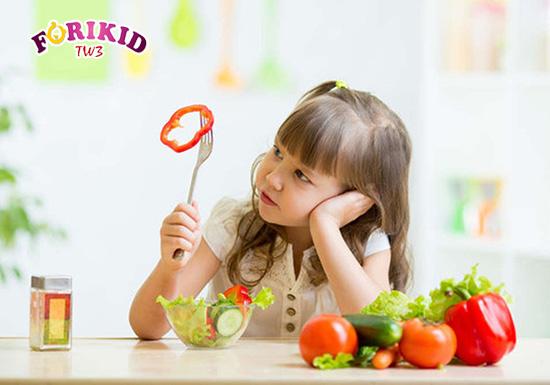 Cân bằng dinh dưỡng cho trẻ mới ốm dậy là điều mà các mẹ cần quan tâm hàng đầu