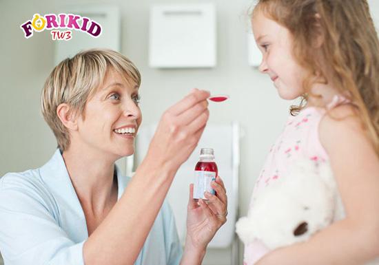 Mẹ nên sử dụng thuốc đúng liều lượng quy định trên bao bì của sản phẩm