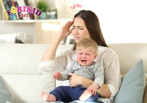 Những vấn đề tâm lý, áp lực sau khi sinh ảnh hưởng không nhỏ tới sức khỏe và khả năng ăn uống của chị em