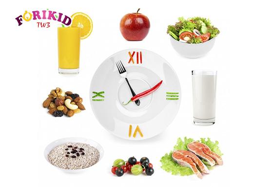 Có thói quen ăn đúng giờ không chỉ tốt cho hệ tiêu hóa mà còn tốt cho sự phát triển của trẻ