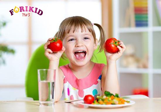 Chế độ dinh dưỡng và thực phẩm là vô cùng quan trọng để giúp trẻ phục hồi sức khỏe