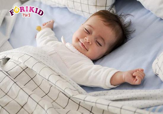 [Cẩm nang] 4 điều mẹ cần biết khi chăm sóc trẻ mới ốm dậy