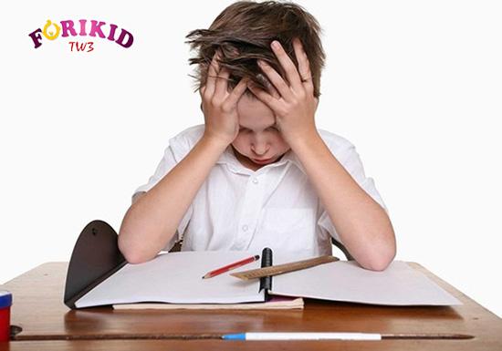 Trẻ hoàn toàn có thể gặp phải các vấn đề tâm lý và điều này ảnh hưởng tới khả năng phát triển