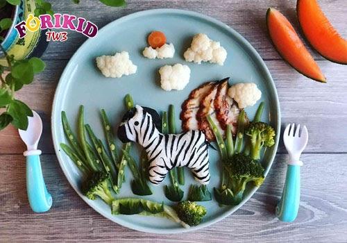 Những món ăn ngộ nghĩnh, trang trí đẹp sẽ tạo cảm hứng giúp bé muốn ăn hơn