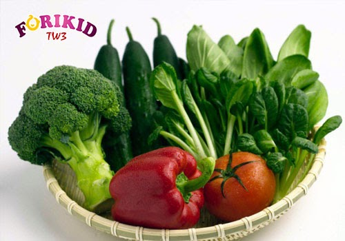 Một cách trị rôm sảy cho bé hiệu quả nhất đó là thay đổi thực đơn dinh dưỡng