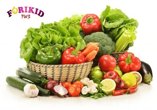 Rau xanh có tác dụng bổ sung chất xơ nhờ vậy giải quyết tình trạng táo bón nhanh chóng