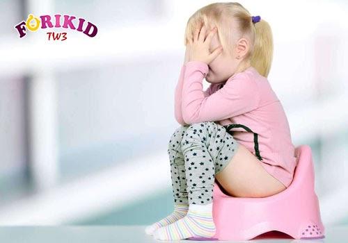 Táo bón ở trẻ em 4 tuổi – Đi tìm biện pháp giải quyết hiệu quả nhất